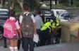 Polis vətəndaşı uşaqlarının gözü qarşısında döyüb?