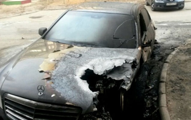 """""""Mercedes"""" yandı"""