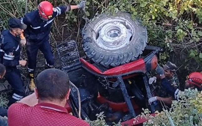 Traktor su kanalına aşdı, sürücü öldü