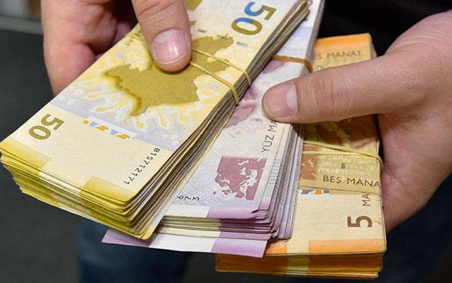 Direktor və müavinlərin vəzifə maaşlarında dəyişiklik edildi