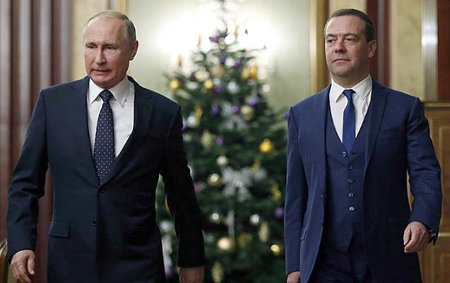 Medvedev ötən il Putindən çox qazanıb