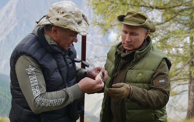 Putin ad gününü onunla keçirir