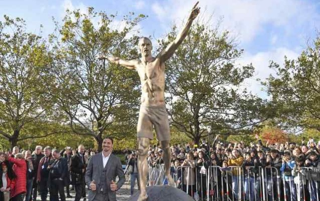 İbrahimoviçə heykəl ucaldıldı