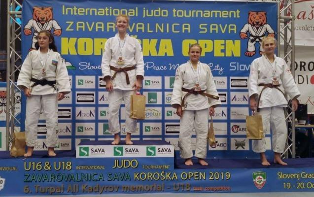 Qadın cüdoçularımız Sloveniyada 6 medal qazandı