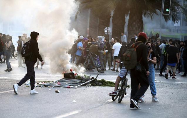 Çilidə iğtişaşlar, 3 nəfər yanaraq öldü