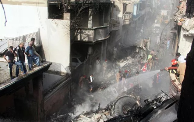 Pakistanda təyyarə qəzasının istintaqı üçün komissiya yaradıldı