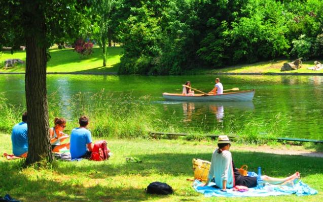 Fransada parklar açılır