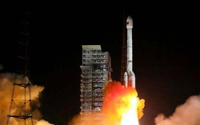 Çin orbitə iki peyk buraxdı