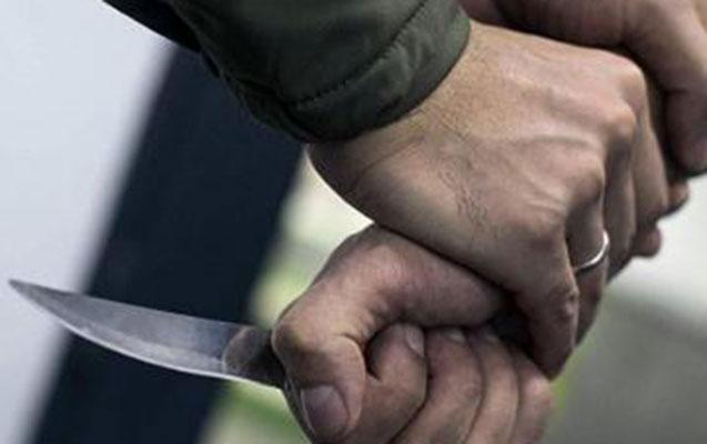 İş yoldaşını bıçaqlayıb öldürdü