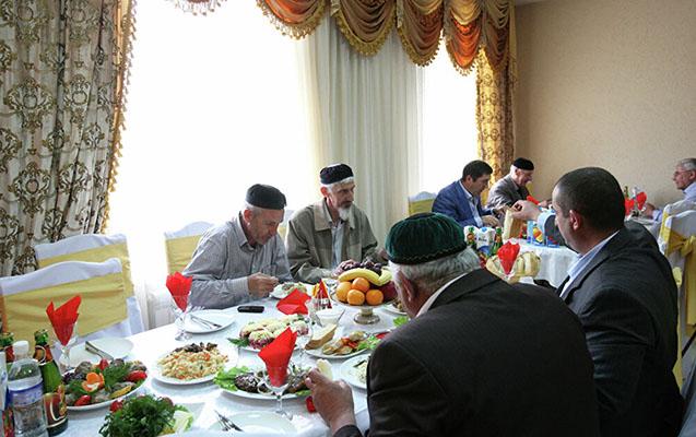 Çeçenistanda toyların keçirilməsinə icazə verildi