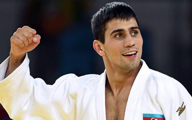Rüstəm Orucov bürünc medal qazandı