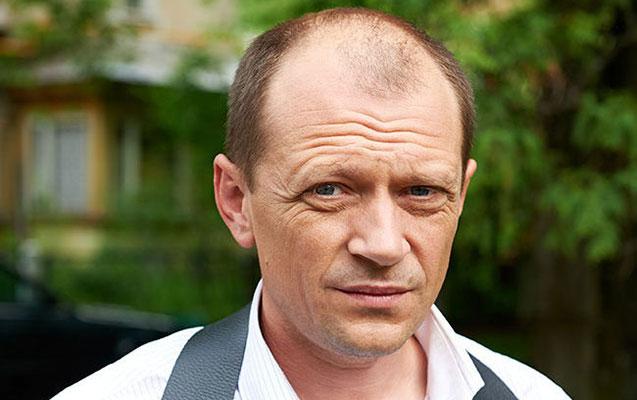 Rusiyanın məşhur aktyoru sükan arxasında öldü