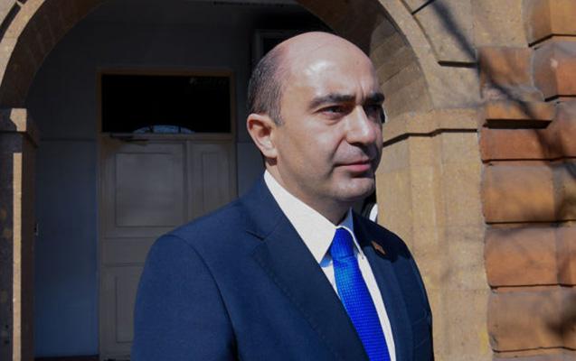 Paşinyandan Sarkisyanla Qasparyanın işbirliyinə dair sübut tələb etdi