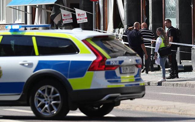 İsveçdə insanlara bıçaqlı hücum oldu