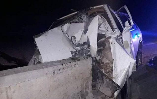 Zaqatalada maşın beton maneəyə çırpıldı, sürücü öldü