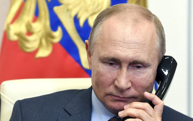 Putinlə Rəisi arasında telefon danışığı olub
