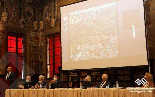 Mədəniyyət naziri İtaliyada keçirilən sessiyada çıxış edib