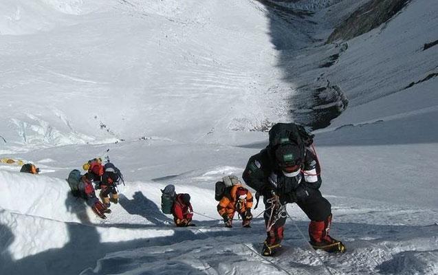 Elbrusda ölən alpinistlərin sayı artır