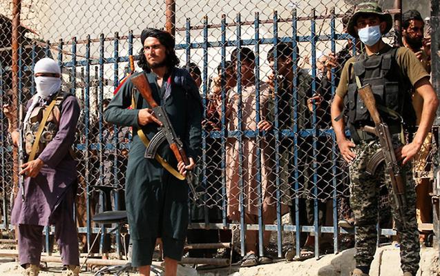 """""""Taliban"""" dörd nəfəri edam etdi"""