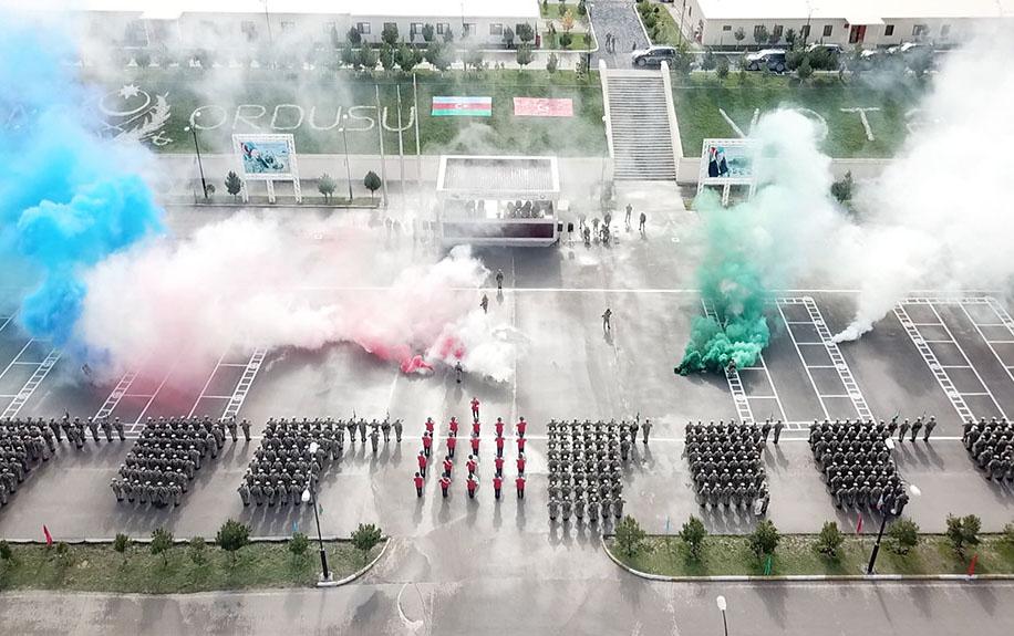 Ordumuzun yeni yaradılan komando hərbi hissəsi istifadəyə verildi